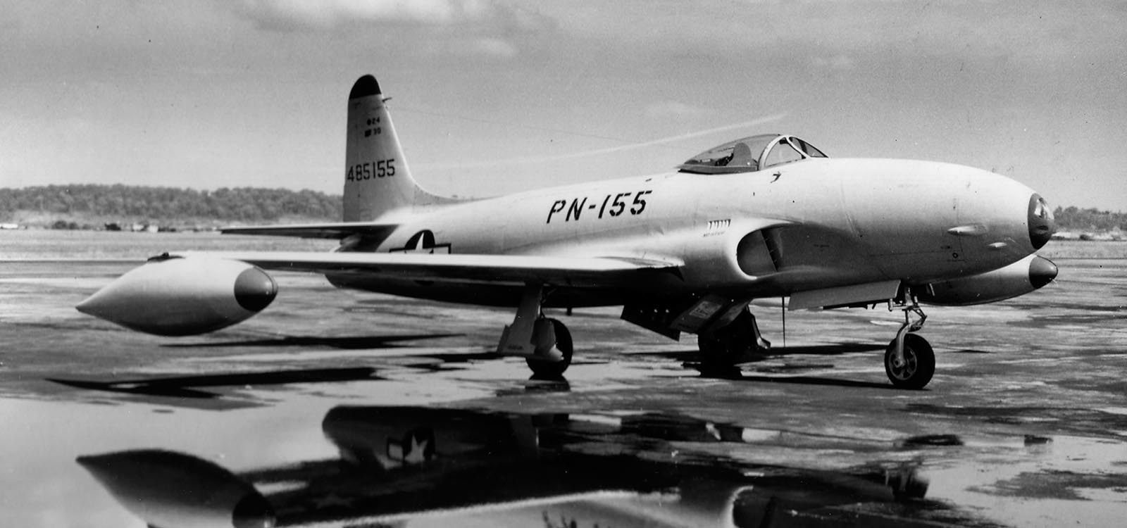 P-80 Shooting Star, 1945